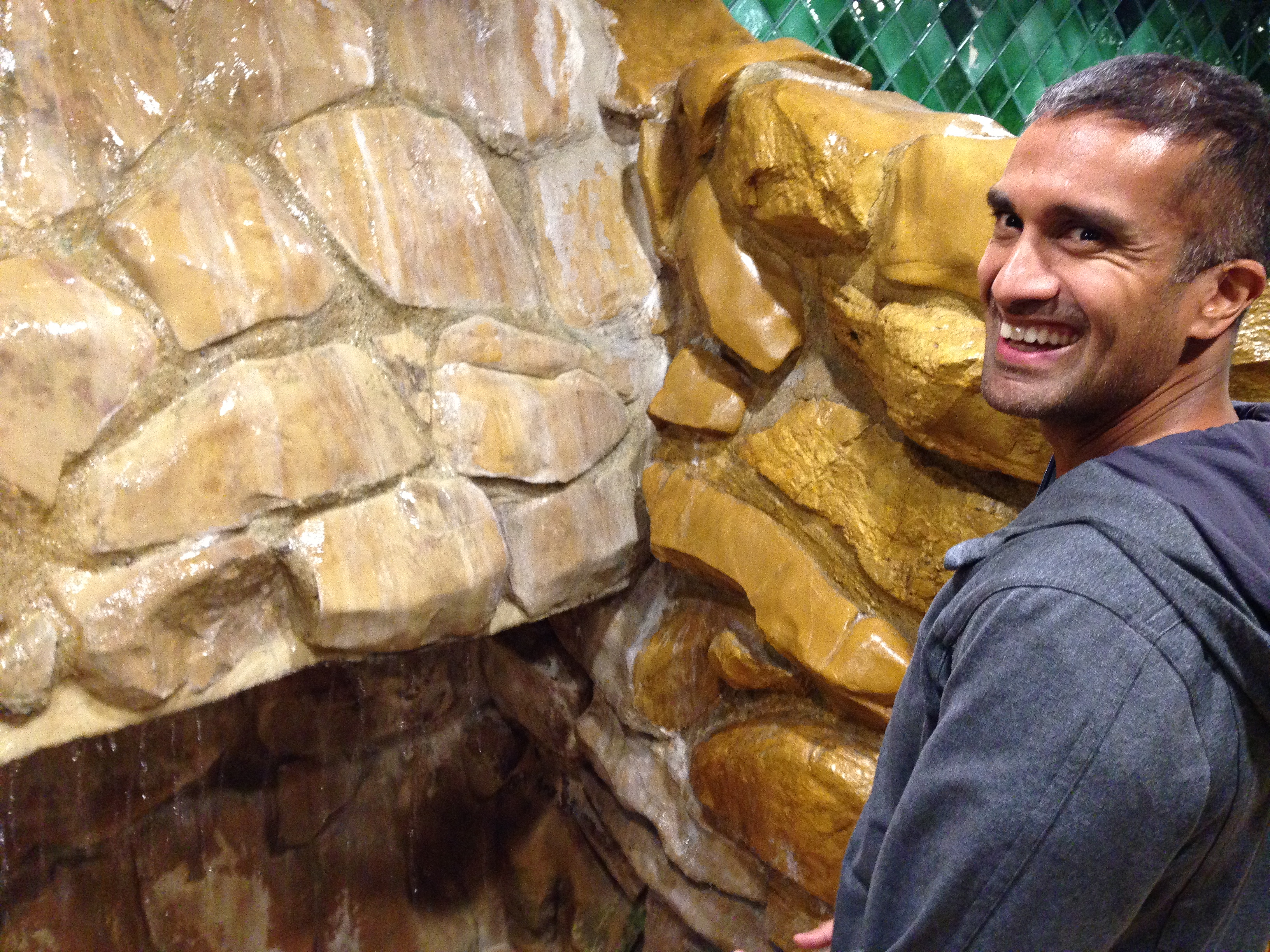 My fave - the infamous rock wall in the men's bathroom (yes, in the men's bathroom - that's me! I've no shame/a wild determination to get photos for the blog).